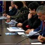Сред участниците в конференцията бе и бившият министър на външните работи Соломон Паси (фото: УНСС)