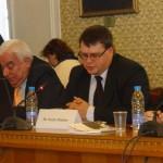 Доц. Преслав Димитров обърна внимание на стратегическото значение на инвестициите в човешкия капитал за решаване на проблема