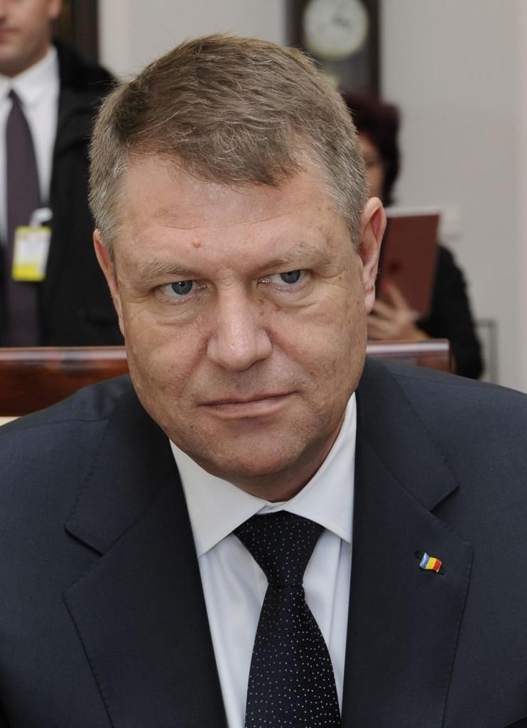 Klaus_Iohannis_Senate_of_Poland_2015_02_(cropped_2)